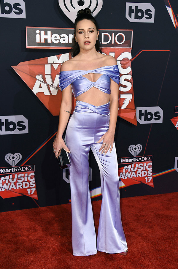 bea-miller-iheartradio-music-awards-201711