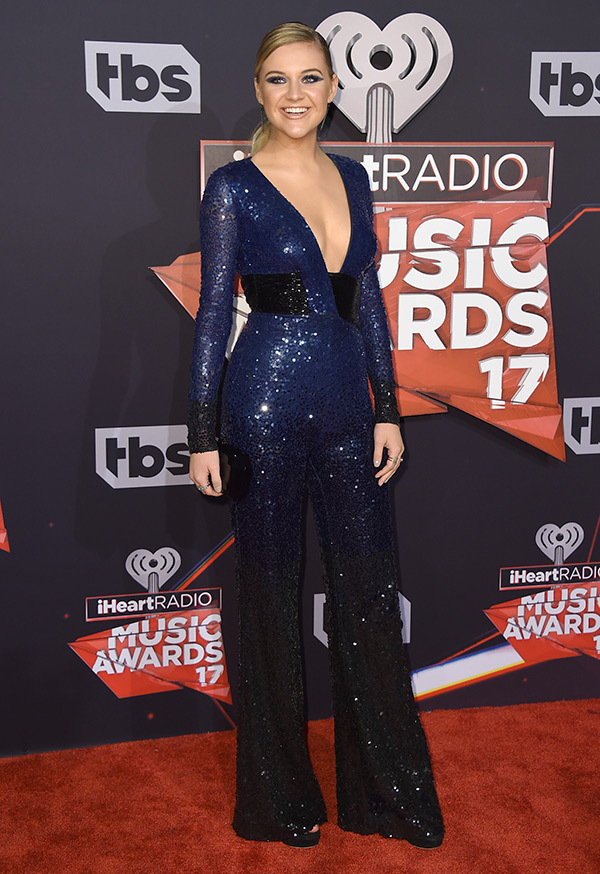 kelsea-ballerini-iheartradio-music-awards-2017